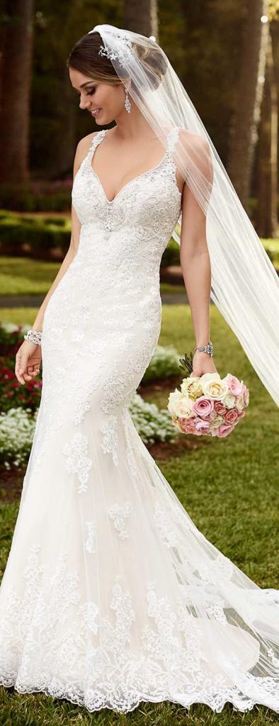 stella-york-spring-2016-wedding-dress-6142_main_zoom
