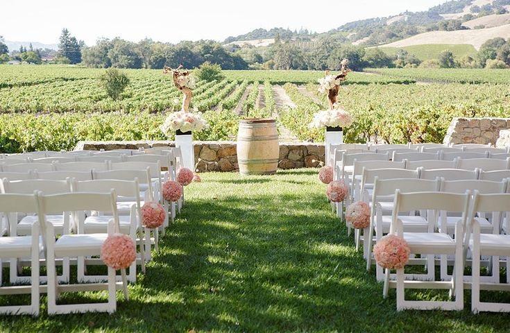 Wine wedding, il nuovo trend del matrimonio in vigna