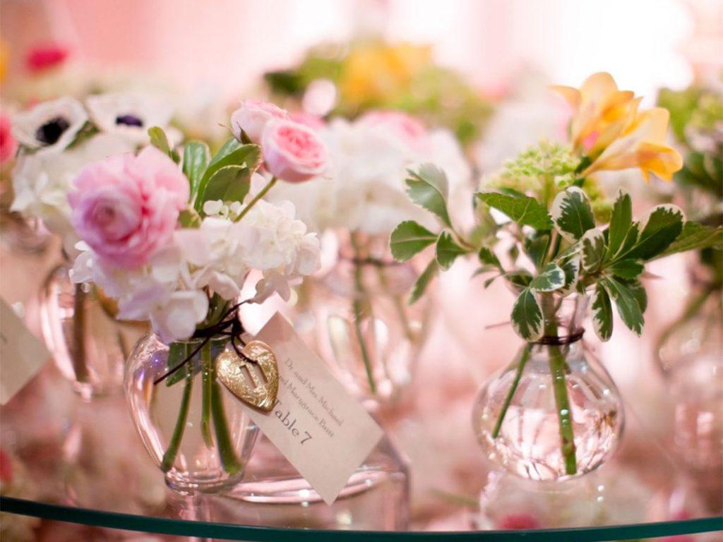 Ricevimento-di-nozze-con-colori-e-profumi-della-primavera
