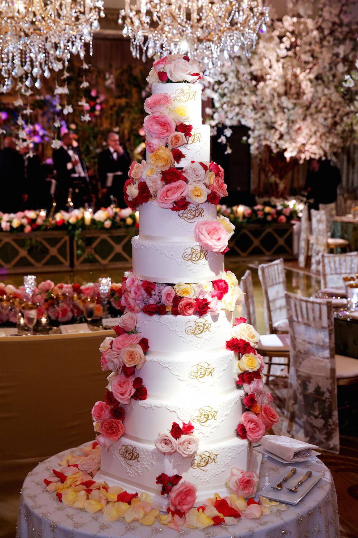 15_Jarol-Scott_Bob-&-Dawn-cake