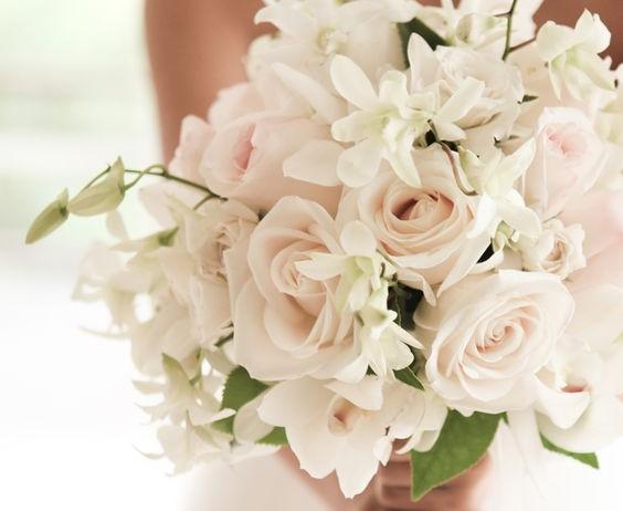 I fiori per il bouquet da sposa, mese per mese!