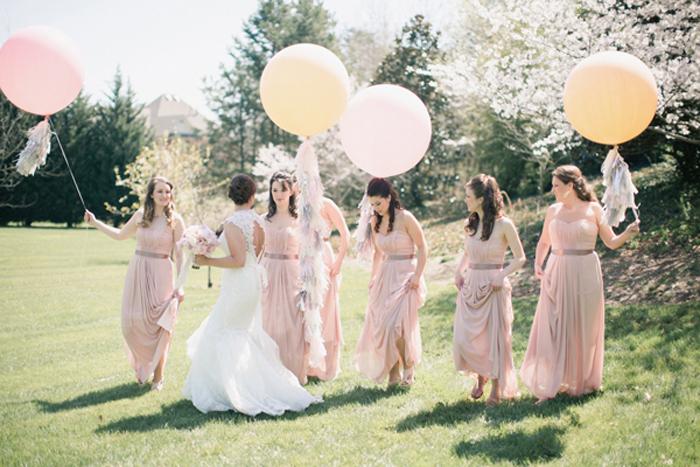Palloncini giganti, ecco come dare un tocco di originalità al tuo matrimonio 2020!
