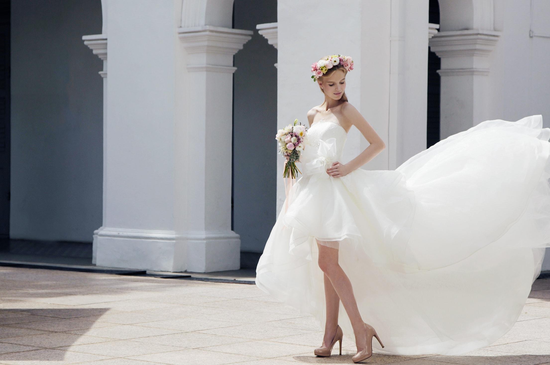 06-Z-Wedding-Engagement-Asymmetrical-Organza-Dress