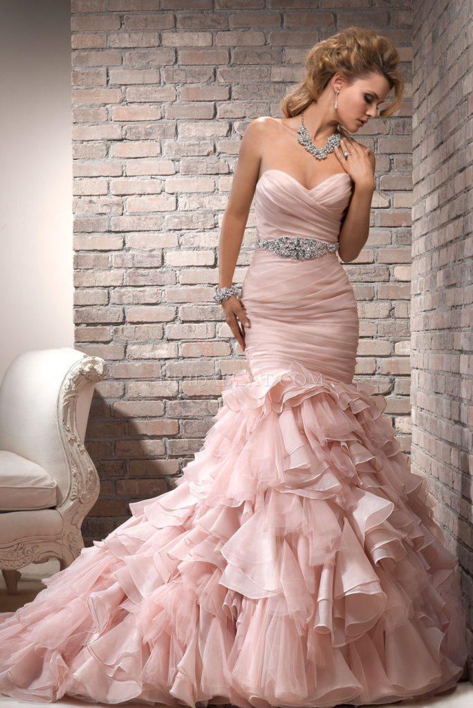 on sale 64f82 e79a4 Cinquanta sfumature di rosa per l'abito da sposa 2017 ...