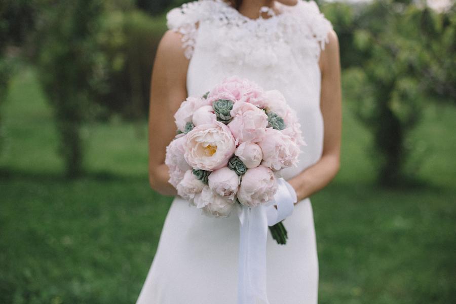 Il bouquet  con le peonie per la sposa romantica ma non solo!